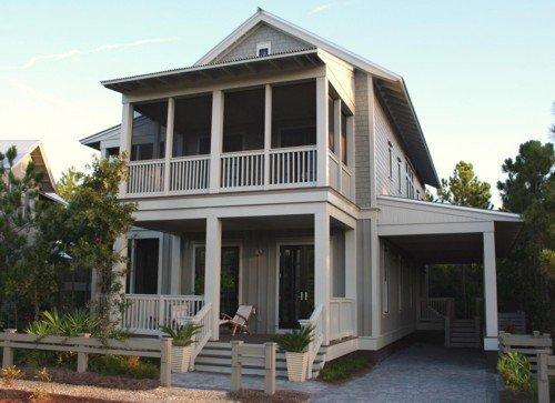 Casa de 2 pisos con 4 dormitorios en 295 metros cuadrados